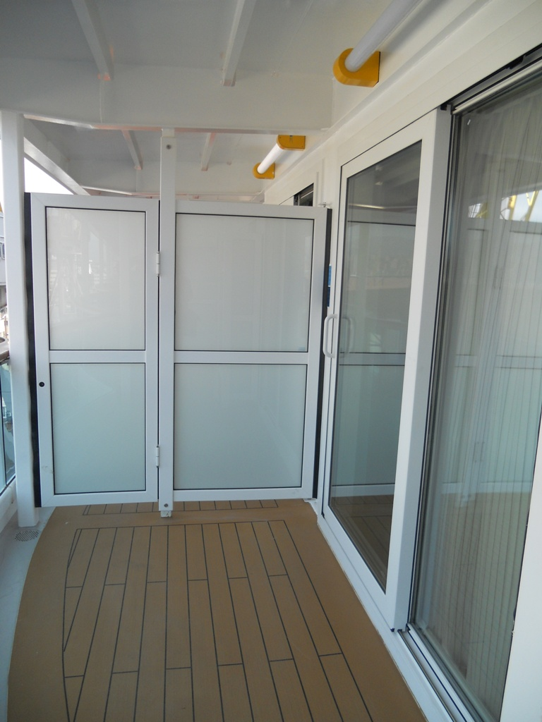 Balcony Dividers